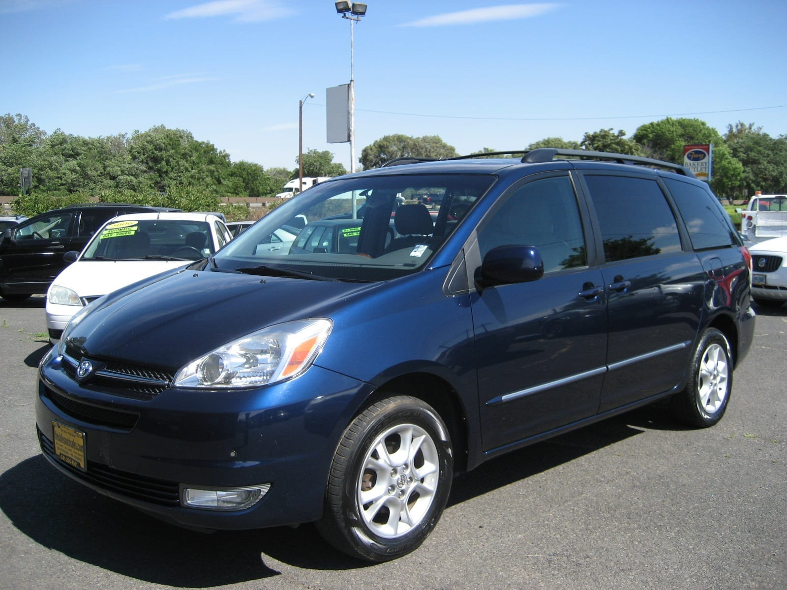 2005 toyota sienna xle awd the dalles auto sales. Black Bedroom Furniture Sets. Home Design Ideas
